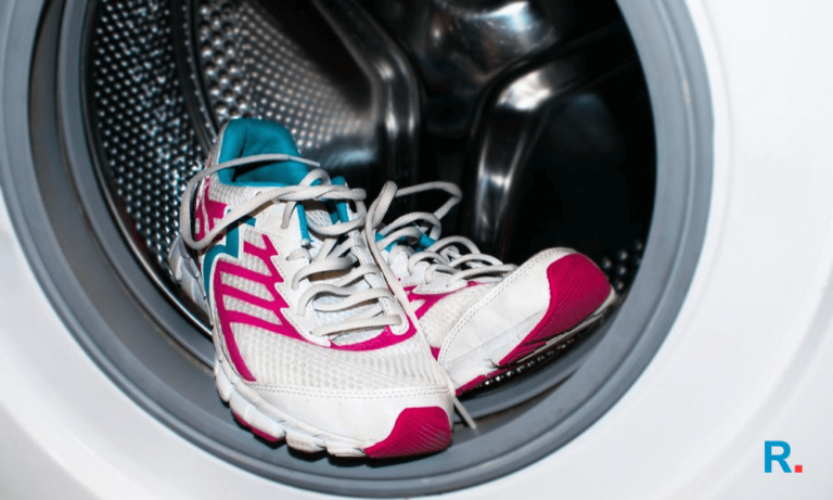 washing shoes in washing machine (1)